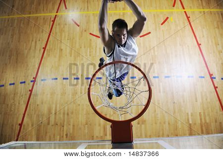 how to play big man in basketball