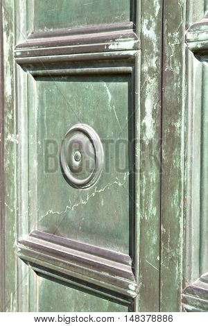 Busto  Door Curch  Closed Wood   Lombardy