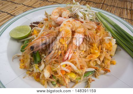 Pad Thai on the plate / cooking Pad Thai concept
