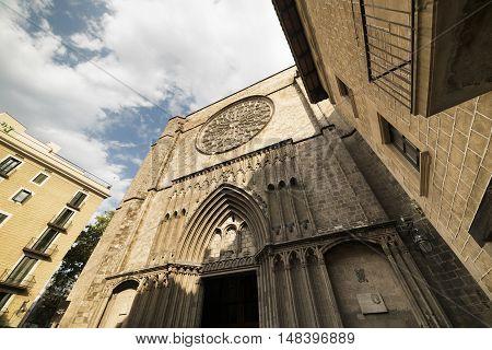 Barcelona (Catalunya Spain): facade of Santa Maria del Pi gothic church