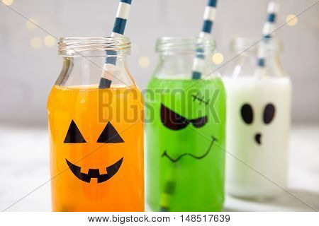 Cute Halloween drinks for a kids party