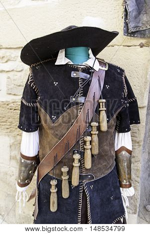 Musketeer Old Suit