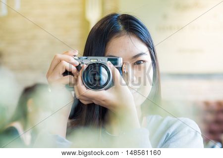 Asian Beautuful Women Use Camera Totke Photo Forground Blurred