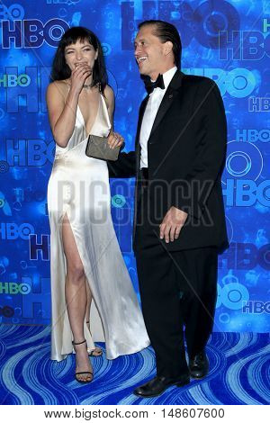 LOS ANGELES - SEP 18:  Francesca Eastwood, Clifton Collins Jr at the 2016  HBO Emmy After Party at the Pacific Design Center on September 18, 2016 in West Hollywood, CA