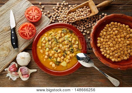 Potaje de Garbanzos chickpea stew Spain recipe traditional with ingredients