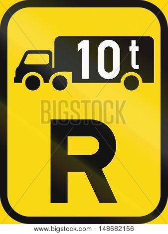 Temporary Road Sign Used In The African Country Of Botswana - Reservation For Goods Vehicles Exceedi