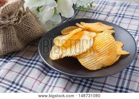 Potato, Ribbed, Delicious, Snack, Crunchy, Chip, Crisp, Spicy, Food, Flake, Heap, Meal, Table, Crunc