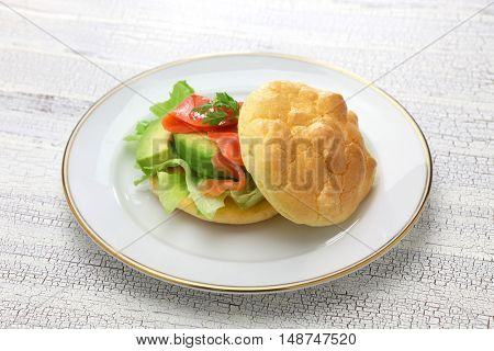cloud bread ( no carb bread ) sandwich