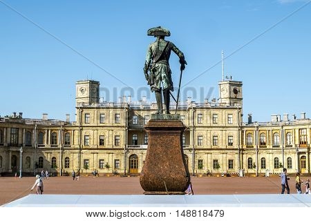 Gatchina.Russia.26 Jun 2016.Statue of Paul First in front of the Palace in Gatchina .