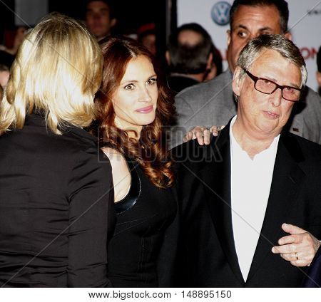 Julia ROberts and Mike Nichols at the World premiere of 'Charlie Wilson's War' held at the Universal Studios in Hollywood, USA on December 10, 2007.