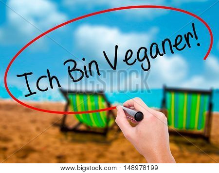 Man Hand Writing Ich Bin Veganer! (im Vegetarian In German) With Black Marker On Visual Screen