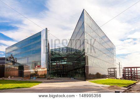 SAMARA RUSSIA - SEPTEMBER 24 2016: Construction of new shopping center Goodok against blue sky