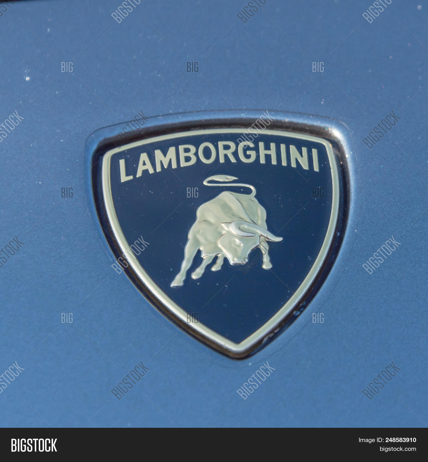 Close Lamborghini Image Photo Free Trial Bigstock