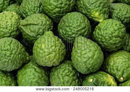 Citrus Hystrix Kaffir Limes, Fruit For Herbal Medicine Products