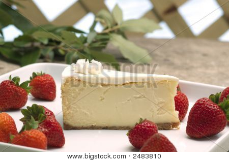 Cheese Cake And Strawberries