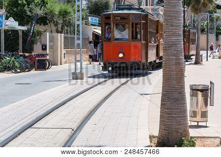Port De Soller, Spain - June 02, 2016: Vintage Train, Tram On The Beach Promenade Of The Town Of Sol