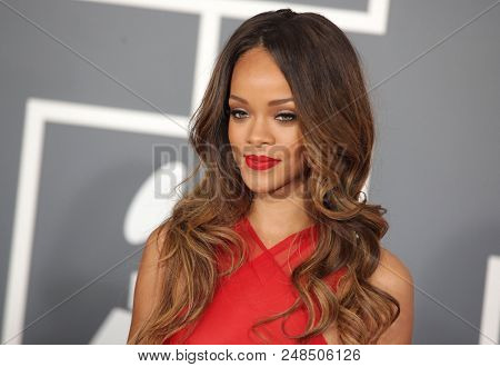 LOS ANGELES - FEB 10:  Rihanna arrives to the 2013 Grammy Awards  on February 10, 2013 in Hollywood, CA