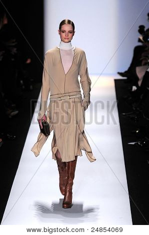BCBGmaxazria Fall/Winter 2011 Collection - New York