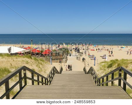 Kijkduin, The Hague, The Netherlands - July 8 2018: Warm Summer Weather In July Brings Out The Crowd