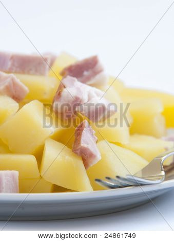 boiled potatoes with bacon