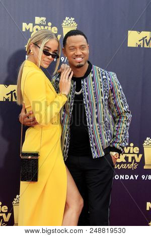 LOS ANGELES - JUN 16:  Jasmine Sanders, Terrence J at the 2018 MTV Movie And TV Awards at the Barker Hanger on June 16, 2018 in Santa Monica, CA