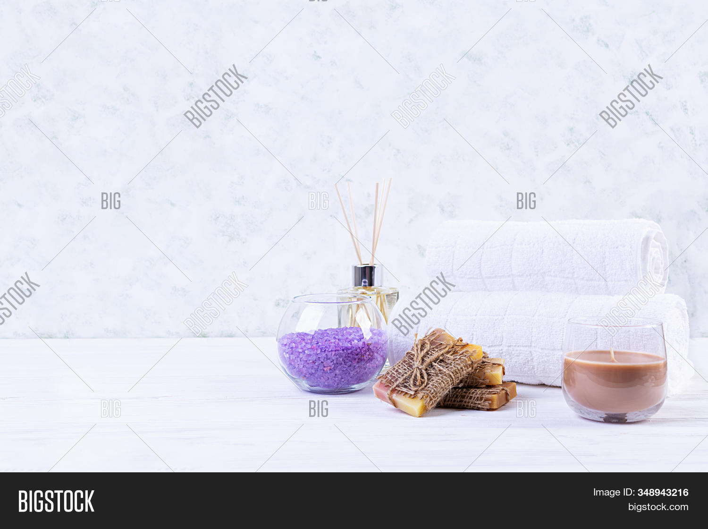 Bathroom Accessories Image Photo