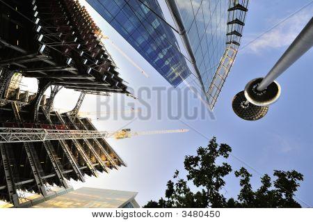 Giddying Construction Of Office Blocks