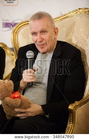 Jean Paul Gaultier (gotye), French Haute Couture Fashion Designer, President Of His Own Fashion Hous