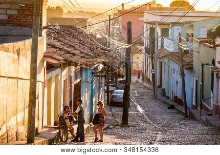 Trinidad, Cuba On December 30, 2015: The City Center Of Trinidad Is Crowded With Tourists, But While