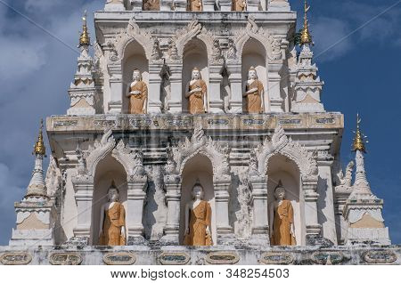 Buddha Statues In Pagoda Or Chedi, Wat Chedi Liam, Restored Wiang Kum Kam Settlement, Chiang Mai, Th