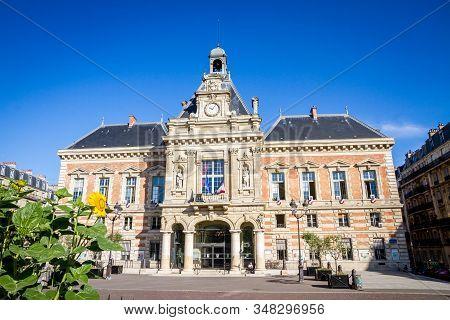 Paris/france - September 3, 2019 : 19th Borough Town Hall