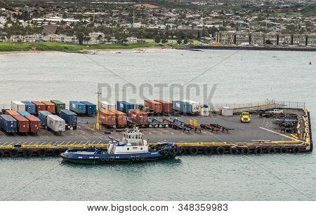 Kahului, Maui,, Hawaii, Usa. - January 13, 2020: Kalamag, A Young Bros Tugboat Docked At Pier With S