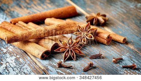 Cinnamon, Ingredient, Anise, Background, Spice ,aromatic, Flavor, Decoration, Brown, Close-up, Stick