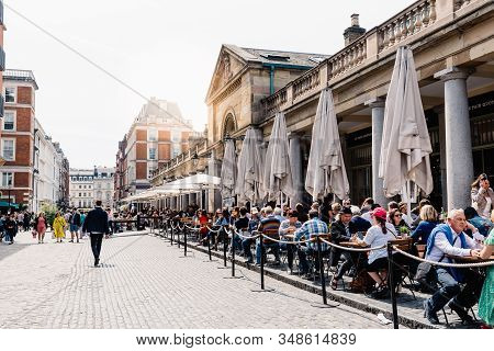 London, Uk - May 15, 2019: View Of The Covent Garden Market With The Restaurant Terraces And People