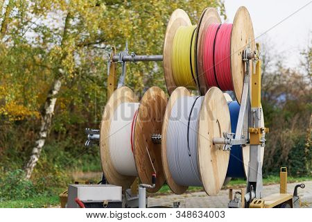 Cable Drums With Fiber Optic Cable For High Speed Internet