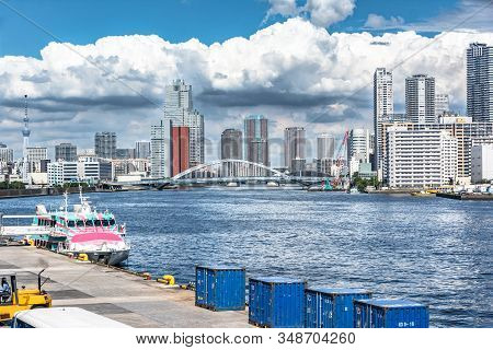 Tokyo, Japan, Asia - September 7, 2019 : View Of Tokyo Skyline And Tsukiji Bridge From The New Takes