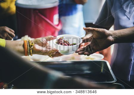 Food Needs In The Homeless Society To Alleviate Hunger : Concept Of Hunger For The Poor