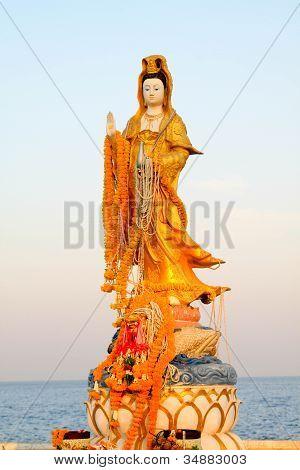 Kuan Yin-statue