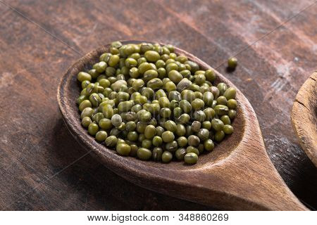 Green Mung Beans In Bowl On Gray Background / Mung Bean Seed Cereal Whole Grains Green Mung Beans