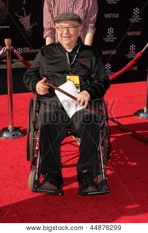 LOS ANGELES - APR 25:  Marvin Kaplan arrives at the TCM Classic Film Festival Opening Night Red Carpet
