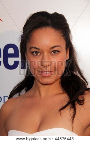 LOS ANGELES - APR 23:  Rhea Bailey arrives at the 7th Annual BritWeek Festival