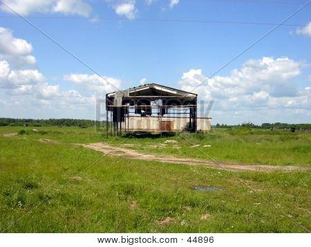 Ruined Hanger/Barn