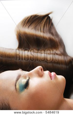 Gloss Brown Female Hairs
