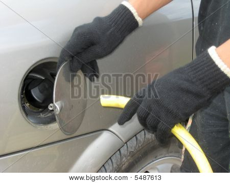 Fuel Thief