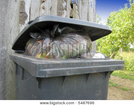 Full Trashcan