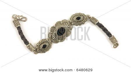 Vintage Onyx Bracelet White