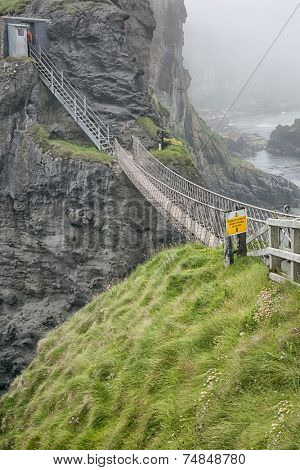 An image of the rope bridge at Carrick A Reed North Ireland