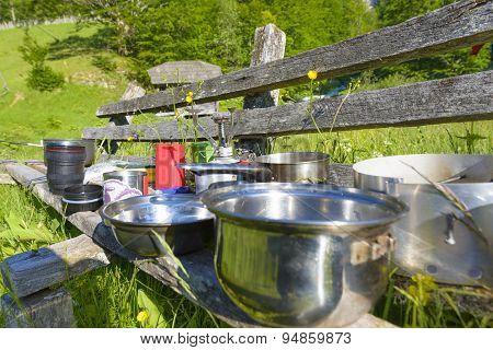 Mountaineering Dish Kit. Travel Set For Eating.