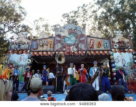 """Mucca Pazza, A Self-described """"circus-punk Marching Band"""" Performance At Tour De Fat"""