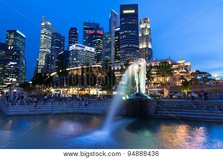 Merlion fountain at dusk, Singapore